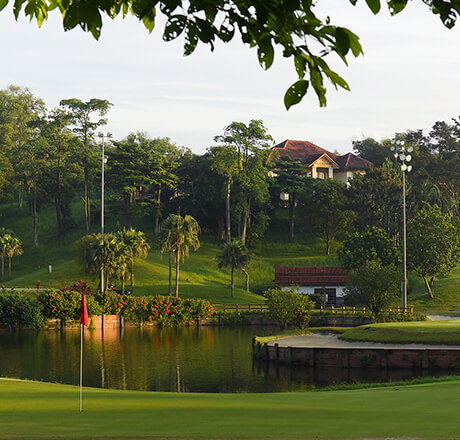 IMPIAN GOLF & COUNTRY CLUB